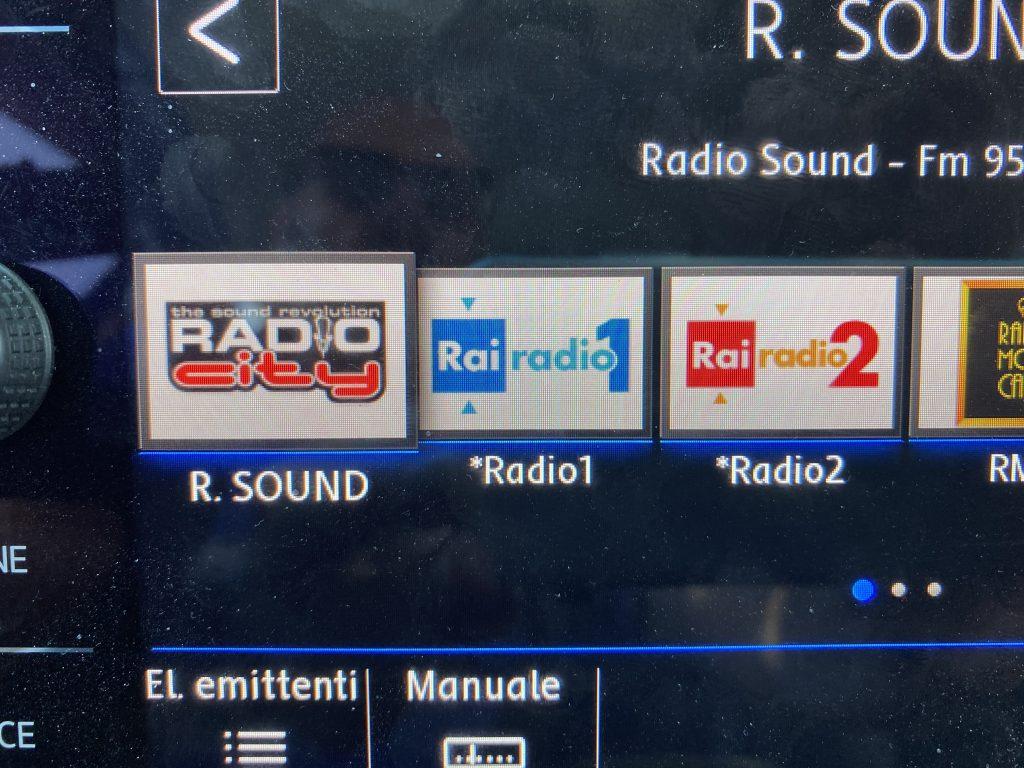 Sintonizzando Radio Sound di Piacenza, viene visualizzato l'RDS ma appare il logo di Radio City di Paternò, località in provincia di Catania